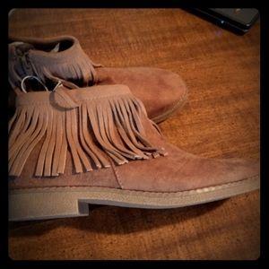 Massimo fringed boots